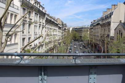 boulevards below