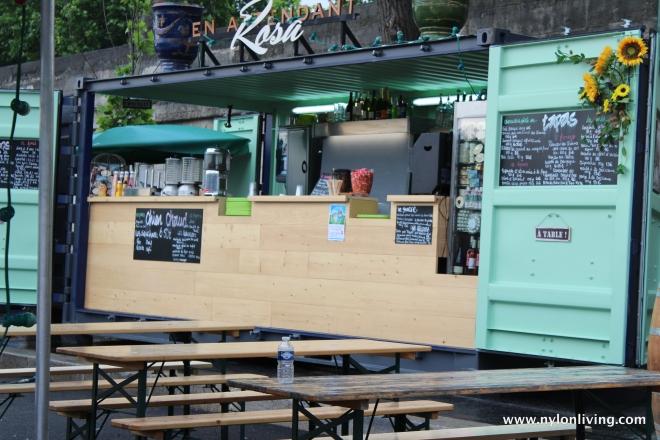 siene river walk cafe