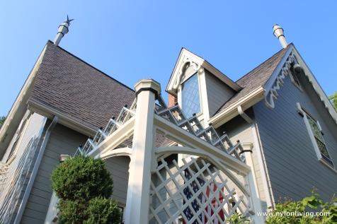ornate house detail