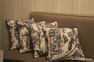 banquette pillows