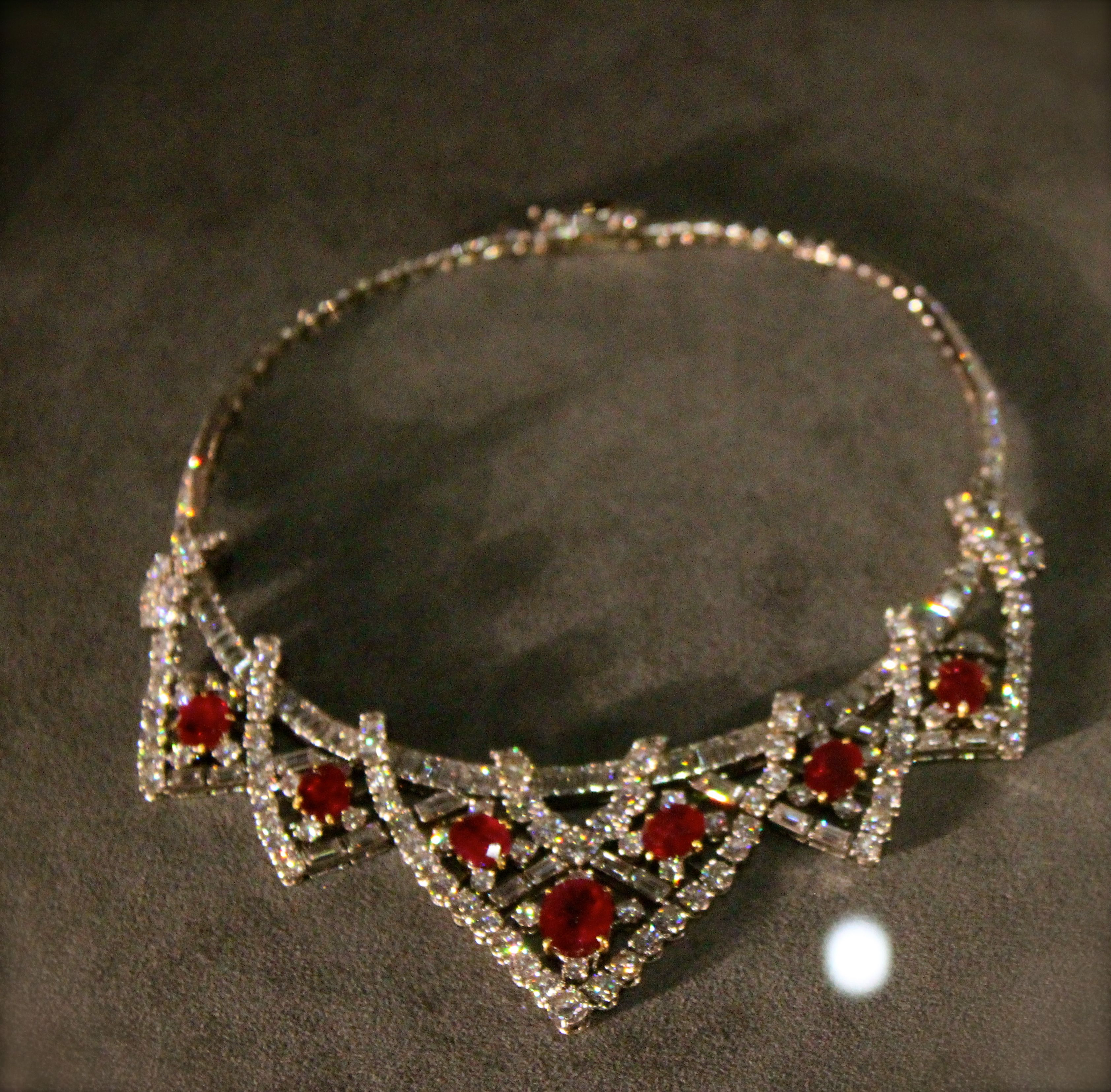 Elizabeth Taylor necklace