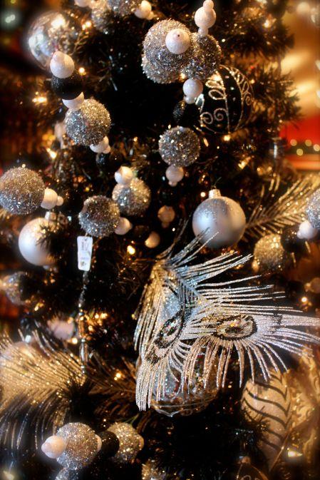 metallic_silver_ornaments