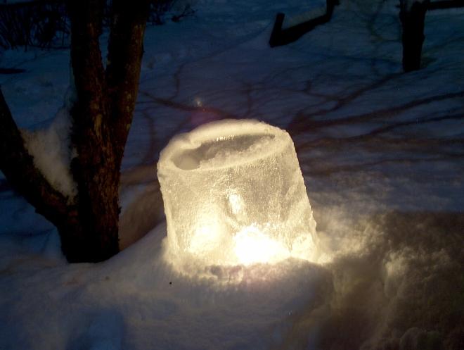 Ice_lantern_Jäälyhty_HP4946C