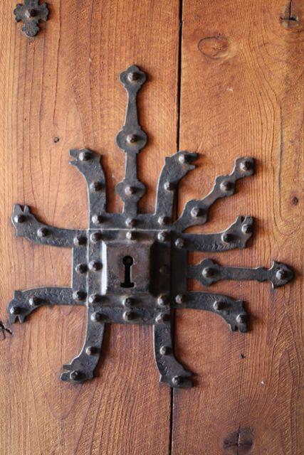 stavkirke lock