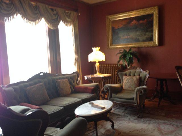 warren angle living room