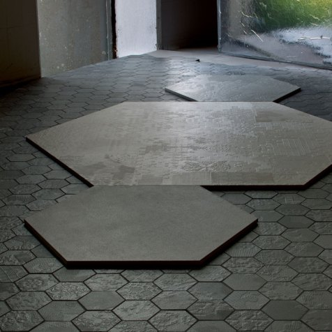 dechirer floor tiles