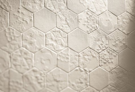 dechirer white tiles